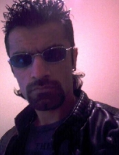 harry 40 y.o. from UK