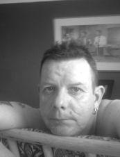 neil 52 y.o. from UK