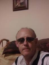 robert 56 y.o. from UK