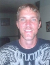 Douglas 39 y.o. from USA