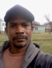 Derrick 58 y.o. from USA