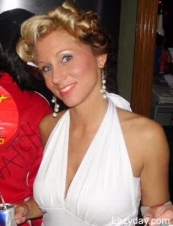 katie 40 y.o. from USA