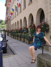 Lia 45 y.o. from UK