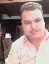 JOSE 37 y.o. from USA