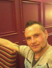 davies 52 y.o. from UK