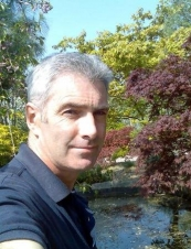 mike 56 y.o. from USA
