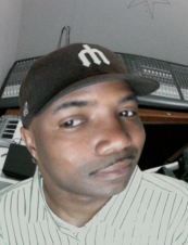 marcus 37 y.o. from USA
