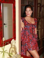 Natalie 38 y.o. from UK