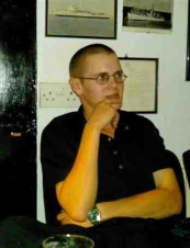 Gary 36 y.o. from UK