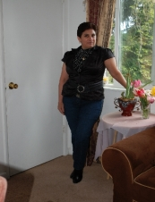 mezie 48 y.o. from USA