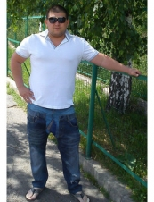 marco 44 y.o. from USA