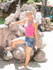 christabel 35 y.o. from USA
