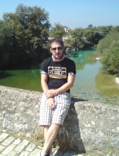 nikos 41 y.o. from Greece