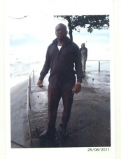 Roger 40 y.o. from Cameroon