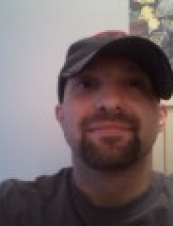 Aaron 44 y.o. from USA