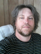 Tyler 49 y.o. from USA
