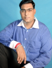 Pawan 40 y.o. from India