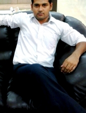 mukesh 30 y.o. from India