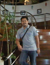 guessti 45 y.o. from Indonesia