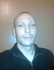 tom 40 y.o. from UK