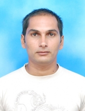 surjit 39 y.o. from India