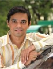 Tushar 43 y.o. from India