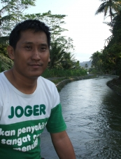 Agus 40 y.o. from Indonesia