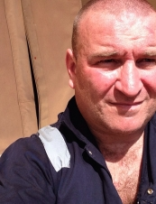 Danny 46 y.o. from UK