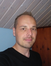 Jari 46 y.o. from Finland