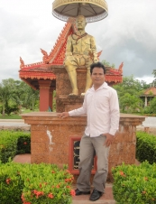 Thuok 35 y.o. from Cambodia
