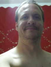 Aaron 41 y.o. from USA