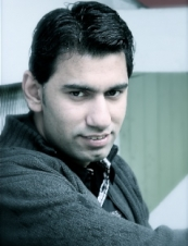 Vivek 34 y.o. from India